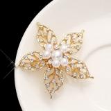 韩国奢侈珍珠水钻大花朵胸针