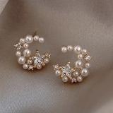 S925银针韩国星星月亮元素简约小巧珍珠ins网红气质小巧耳钉女