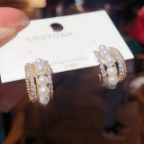 S925银针韩国少女珍珠镶钻ins风气质复古C型小众气质耳钉耳饰